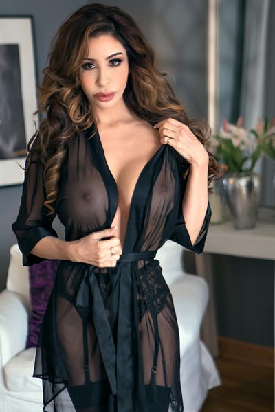 london-escort-lingerie-9c2-ffaf6d575e