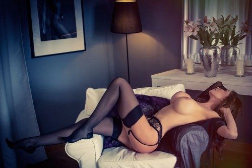 london-escort-nude-1b3-9789812a45